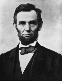 -Abraham_Lincoln_head_on_shoulders_photo_portrait
